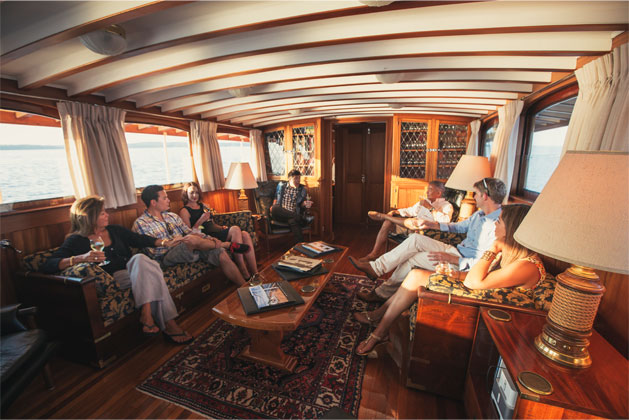 CHARTER EXCURSION ON THE GRACE ANNE II