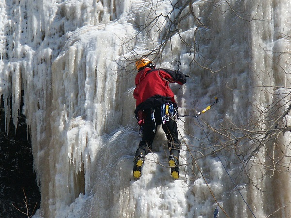 Ice Climbing in Greenstone